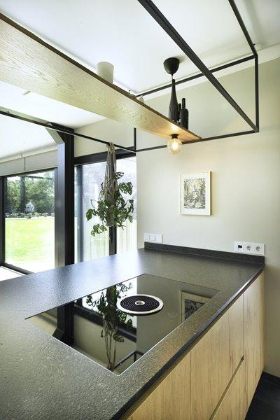 landelijk moderne design keuken met schuifraam